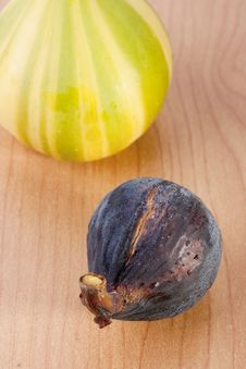 Free Ripe Fruits Of A Fig Stock Photo - 16397500
