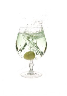 Free Grapes In Water Royalty Free Stock Image - 1642276