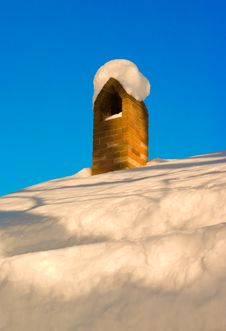 Free Snow Chimney Royalty Free Stock Photo - 1645775