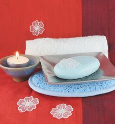 Free Burning Candle And White Flowers With Soap In A Dish Royalty Free Stock Images - 1649189