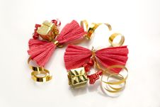 Free Red Ribbons With Golden Bands Royalty Free Stock Photos - 1649208