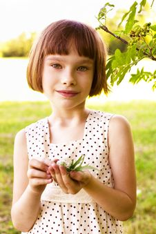 Free Smiling Little Girl Outdoor Royalty Free Stock Images - 16400189