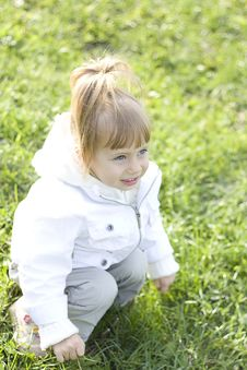 Free Little Girl Outdoors Stock Photography - 16401122