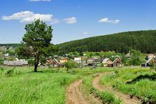 Free Russian Village Outskirts Royalty Free Stock Images - 16404739