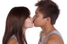 Free Couple Kissing Stock Images - 16405424