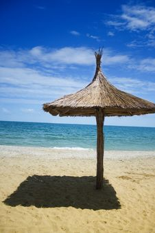Free Beach Umbrella Covered In Thatch Stock Photography - 16409582