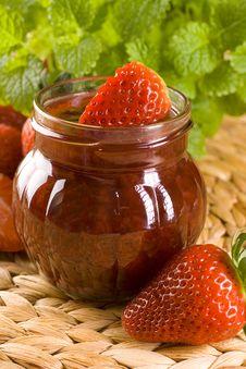 Free Strawberry Jam Royalty Free Stock Photo - 16409685