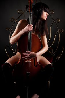 Beautiful Brunette Girl With Cello Royalty Free Stock Image