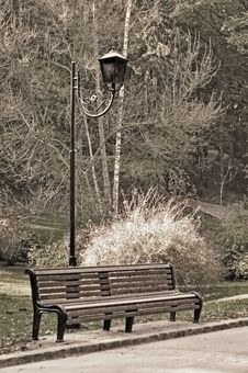 Free Old Sepia Photo Of The Bench Stock Photos - 16409873
