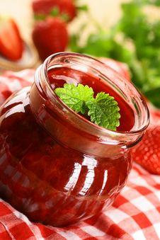 Free Strawberry Jam Royalty Free Stock Photos - 16409888