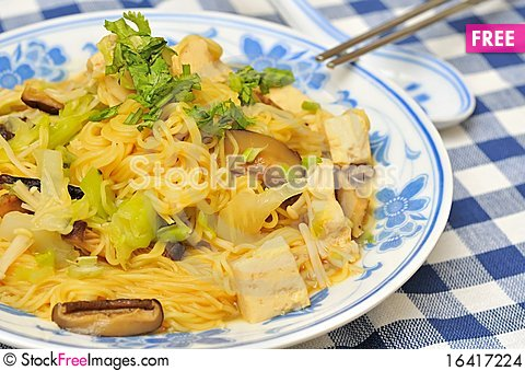 Free Healthy Looking Noodle Cuisine Stock Images - 16417224