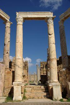 Free Roman Columns, Libya Stock Image - 16416071