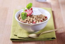 Free Bowl Of Breakfast Cereal Royalty Free Stock Image - 16417246