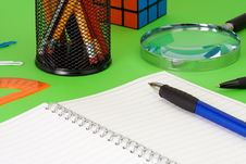 Free Pens, Pad And Pensils Royalty Free Stock Image - 16419716