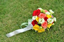 Free Wedding Flowers On The Grass Royalty Free Stock Photos - 16422438