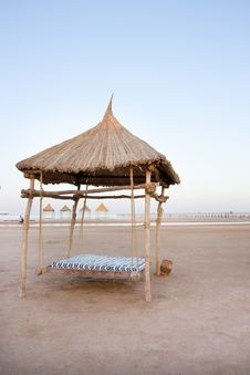 Free Beach Shelter Swing Royalty Free Stock Image - 16424686