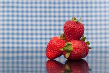 Free Fresh Strawberries Royalty Free Stock Images - 16427729