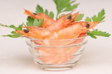 Free Fresh Shrimps In A Glass Bowl Royalty Free Stock Photography - 16428077