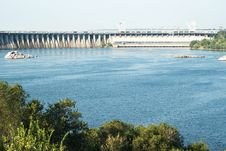 Free Zaporizhzhya Power Dam Royalty Free Stock Photo - 16429895
