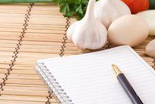 Free Garlic, Egg, Onion And Pad Stock Photos - 16433823
