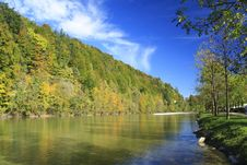 Free River In Autumn Royalty Free Stock Photography - 16437037