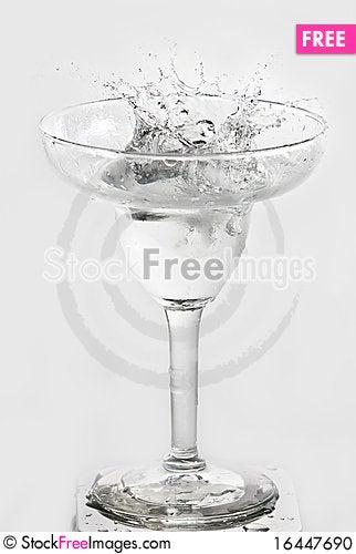 Free Dynamic Drink Stock Photo - 16447690