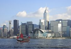 Chinese Boat On Victoria Harbour Royalty Free Stock Photos