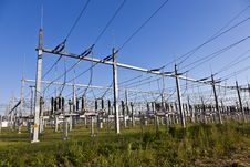 Free Electrical Power Plant In Farmland Area Royalty Free Stock Images - 16443219