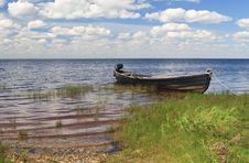 Free Fishing Wooden Boat In A Lake, North Russia Stock Photos - 16443273