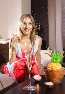 Free White Woman With Glass Of Champagne Royalty Free Stock Images - 16445199