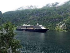 Free Geirange Fjord Royalty Free Stock Photography - 16449837
