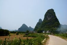 Free Yangshuo Lanscape Royalty Free Stock Image - 16450506