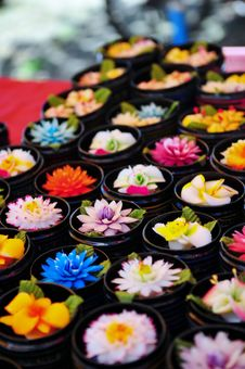 Free Handcrafted Flower Soaps Stock Photography - 16456212