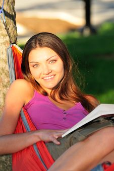 Free Woman Reading A Book Stock Photos - 16461943