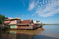 Free Thai Style Home Riverside Stock Photos - 16462763