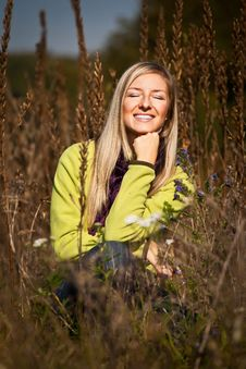 Free Caucasian Young Adult Blond Woman Outdoor Fall Tim Stock Photos - 16465523