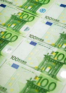 Free Euro Banknotes Stock Images - 16465744