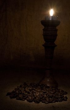 Free Grains Of Coffee With A Candle Royalty Free Stock Photo - 16468005