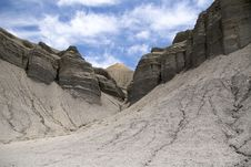Free Badlands (Capitol Reef) Royalty Free Stock Images - 16469009