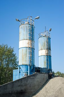 Blue Cement Silos In The Cement Factory Royalty Free Stock Images