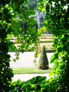 Free Formal Garden Stock Photos - 16471973