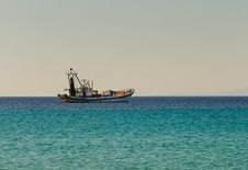 Free Fishing Boat Goes To Fish Stock Photo - 16477010