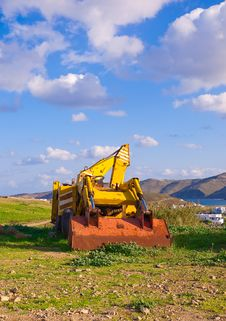 Free Yellow Bulldozer On The Grass In The Countryside Stock Images - 16482374
