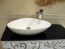 Free White Porcelain Washstand Stock Photography - 16482702