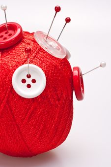 Free Pins In Wool Ball With Buttons Royalty Free Stock Photo - 16484975