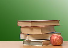 Free Red Apple And Books Stock Photos - 16488753
