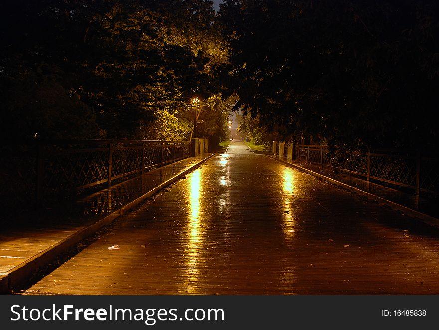 Night at the bridge