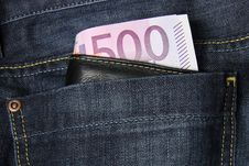 Free 500 Euro Banknotes In A Jeans Pocket Stock Image - 16491511