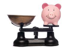 Free Balanced Piggy Bank Royalty Free Stock Image - 16491536