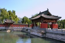 Free Garden In Chinese Traditional Temple Stock Images - 16493304
